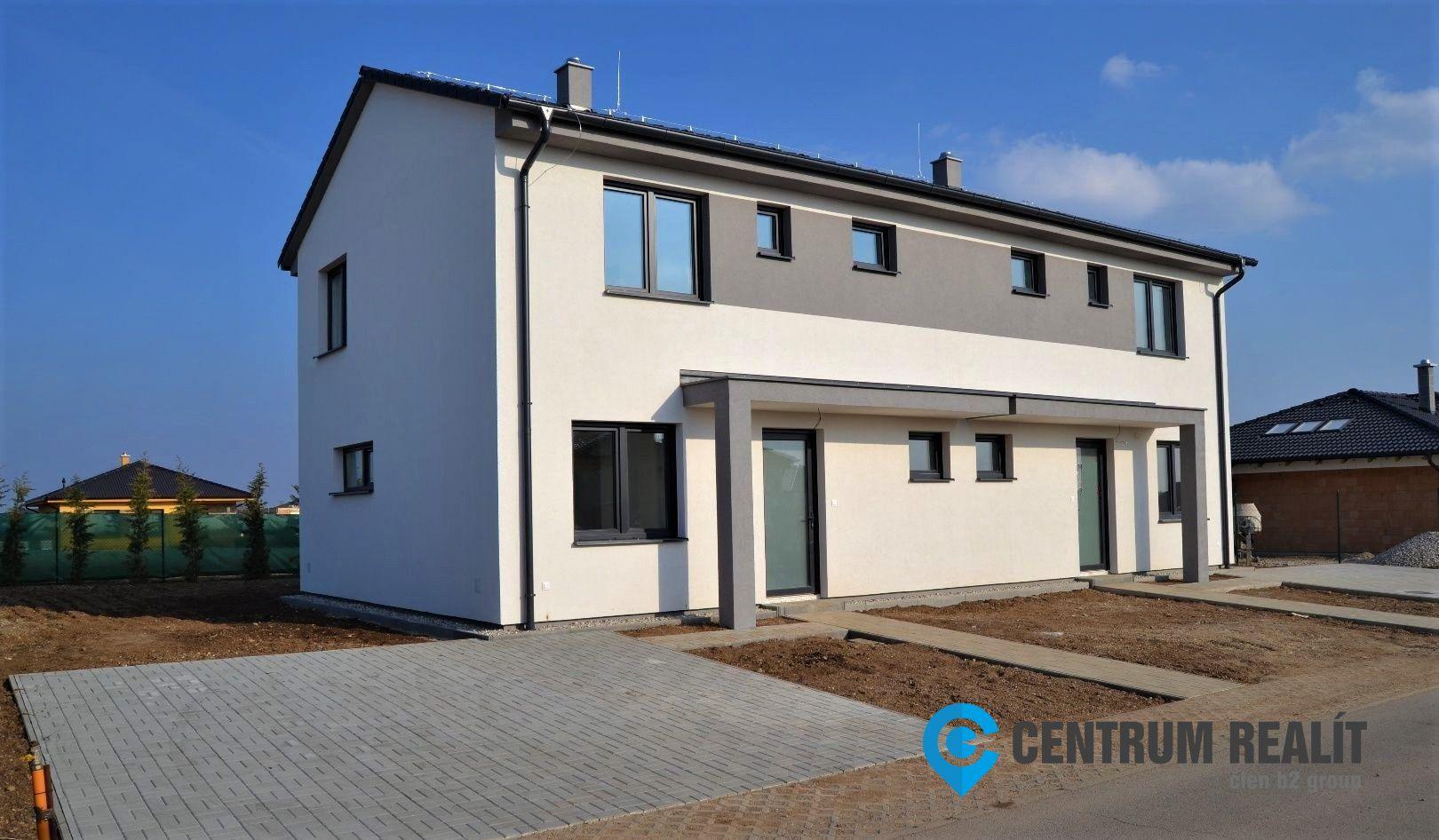 4439151f0 ... Výhodná ponuka: kvalitný 5-izbový rodinný dom, Miloslavov - Anna Majer  ...