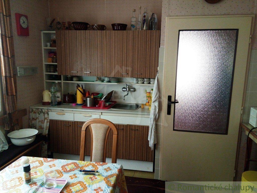 31cb084ed ... Drevený rekreačný dom na Myjavských kopaniciach na predaj ...